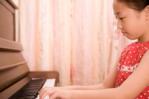 Học nhạc giúp trẻ em phát triển trí tuệ