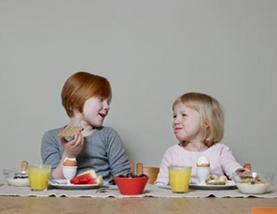 6 nguyên tắc dinh dưỡng quan trọng cho trẻ trên 4 tuổi