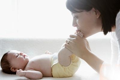 Mẹ làm việc bán thời gian, con khỏe mạnh hơn - Tin180.com (Ảnh 1)
