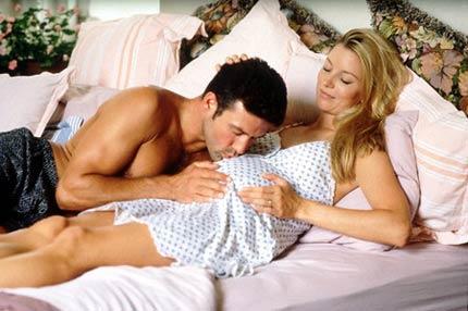 Quan hệ vợ chồng khi mang thai   Có nên cấm vận?
