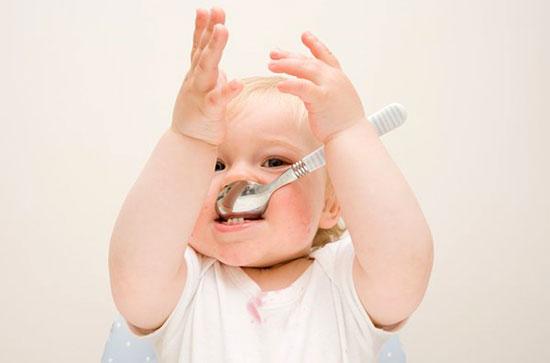Cách nấu bột cho bé 4-5-6 tháng tuổi - Chăm sóc bé - Chăm sóc trẻ em - Dinh dưỡng cho trẻ em
