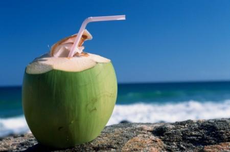 Lợi ích của nước dừa với thai phụ