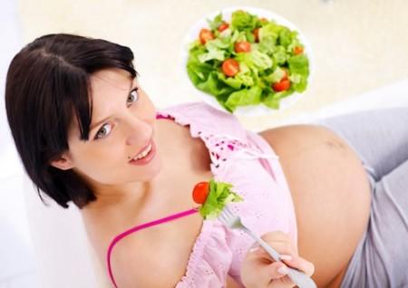 Dinh dưỡng trước và trong khi mang thai rất quan trọng