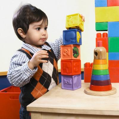 Đồ chơi của bé cần được cất giữ khoa học để tránh nguy hiểm cho bé