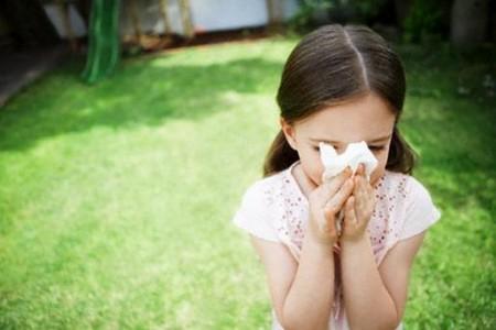 Những bệnh thường gặp ở trẻ lúc giao mùa và cách phòng tránh - Chăm sóc bé - Các bệnh thường gặp ở trẻ em - Chăm sóc trẻ em