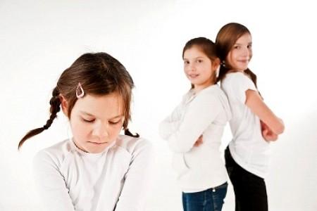 Những điều cần biết về bệnh tự kỷ ở trẻ em