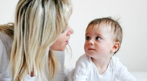 Học nói là giai đoạn phát triển quan trọng của bé