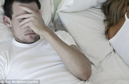 Đàn ông thiếu ngủ gây ảnh hưởng tới sức khỏe sinh sản