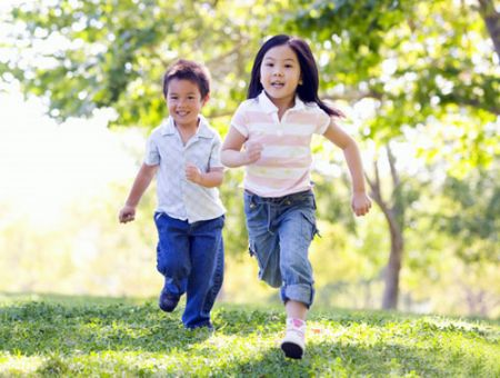 Trẻ em cần được vui chơi nhiều hơn