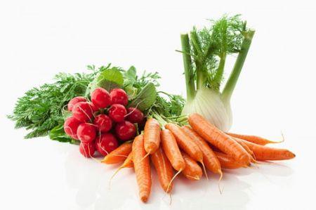 Nên ăn nhiều trái cây và rau