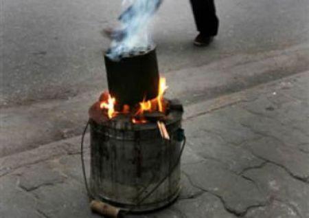 Bà bầu cần tránh khói than và thuốc trừ sâu