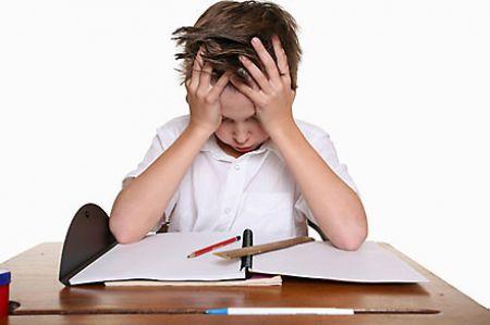 Cần giúp trẻ vượt qua stress càng sớm càng tốt