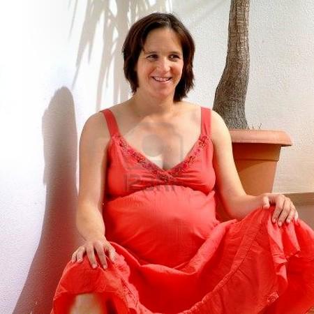 Phụ nữ mang thai phải vượt qua quá nhiều vấn đề về thẩm mỹ và sức khỏe