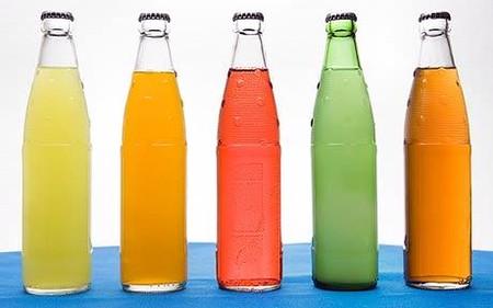 Soda và đồ uống có ga không tốt cho trẻ.