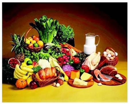Bổ sung những thực phẩm giàu chất sắt như: thịt nạc, ngũ cốc vào bữa sáng, trái cây sấy khô, trứng, đậu, rau bina… rất cần thiết.