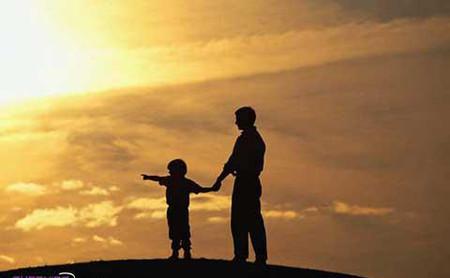 Bạn nên khuyến khích bé đặt vấn đề và hướng dẫn bé đặt câu hỏi