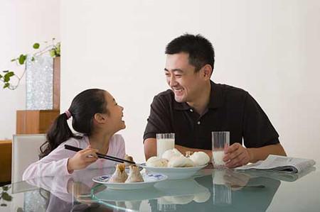 Thời gian ở bên con của nhiều cha mẹ bận rộn có thể là rất ít ỏi