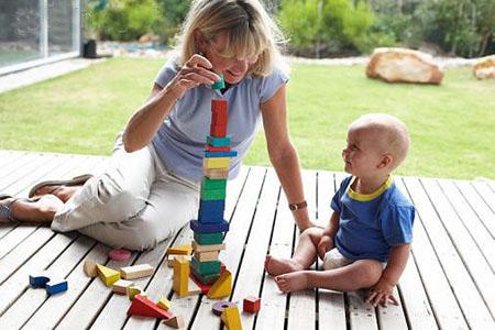 Chơi cùng bé - mẹ sẽ trở thành người bạn thực sự của con
