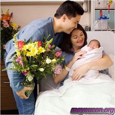 Cơ thể sẽ bắt đầu sự rụng trứng trong vài tuần sau khi sinh vì thế biện pháp tránh thai trong thời gian này rất quan trọng.
