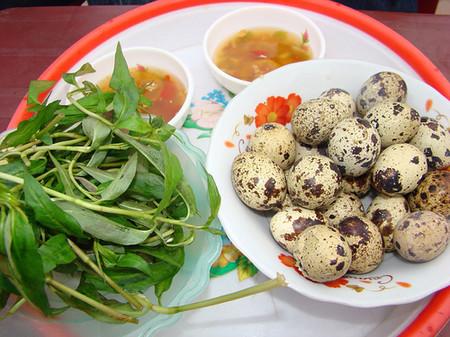 Trứng cút là loại thực phẩm chứa nhiều dưỡng chất, có tác dụng tốt với sức khỏe.