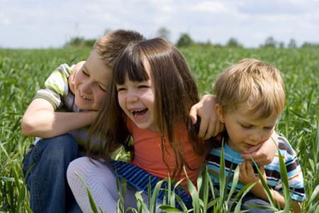Hiểu biết tính của trẻ sẽ giúp mẹ hiểu để biết cách nuôi dạy trẻ tốt hơn.