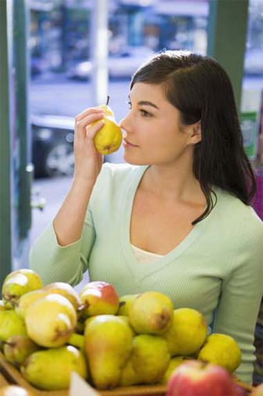 Ăn lê trong những ngày đầu năm giúp xương khỏe mạnh
