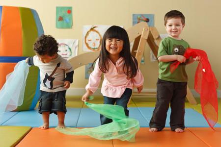 Bé 2 – 3 tuổi: sự phát triển của các giác quan và khả năng học tập