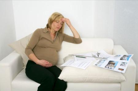 Ở 3 tháng cuối thai kỳ, chứng nhức đầu thường liên quan tới sự tăng lên của trọng lượng cơ thể