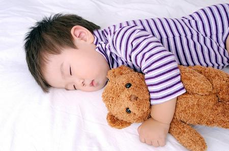 Ngủ đủ giúp trẻ thông minh hơn