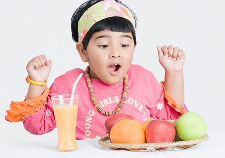 Việc ăn uống của trẻ béo phì
