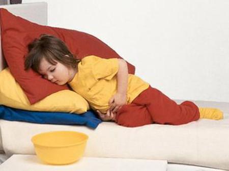 Lứa tuổi được khuyến cáo bắt đầu tẩy giun là từ 24 tháng tuổi trở lên