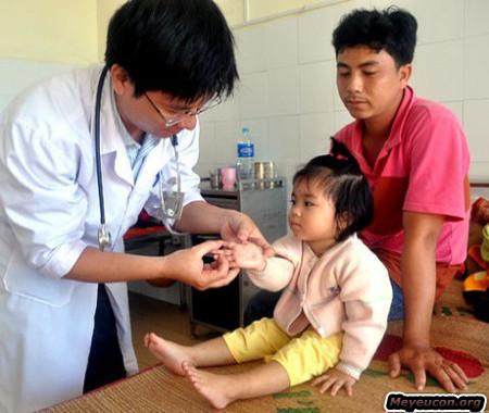 Các chuyên gia dự báo độ lây lan của dịch tay chân miệng vẫn sẽ cao như đỉnh dịch năm ngoái.