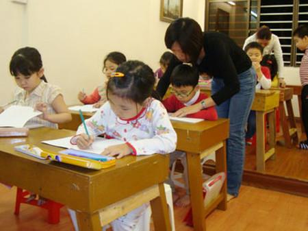 Cho trẻ đi học chữ trước khi vào lớp 1 có thể dẫn đến những hệ lụy không mong muốn