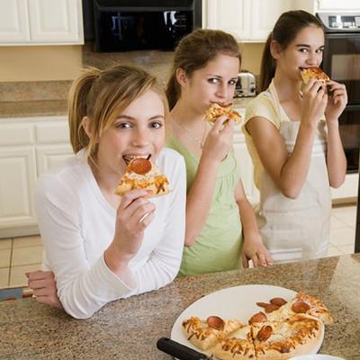 Cần chú ý đến chế độ dinh dưỡng để cơ thể phát triển khỏe đẹp hơn