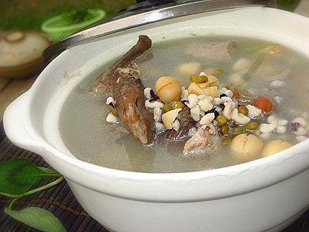 Chim bồ câu hầm - món ăn bổ dưỡng cho mọi người