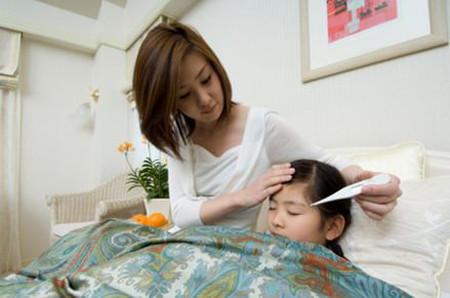 Khi nào thì mới nên dùng thuốc hạ sốt?