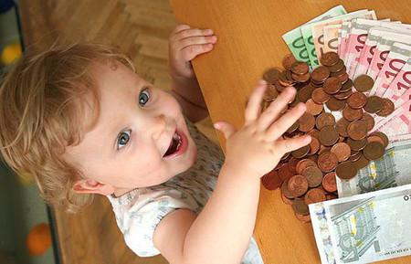 Hãy dạy con biết quý trọng và tiết kiệm tiền bạc
