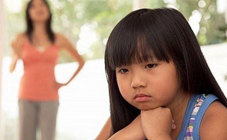 Cần có sự nỗ lực để xóa đi khoảng cách với con riêng của chồng