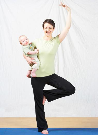 Sau khi sinh, chị em có thể sẽ mất hàng năm mới loại bỏ được lượng mỡ dư thừa để lấy lại vóc dáng 'mi nhon'.