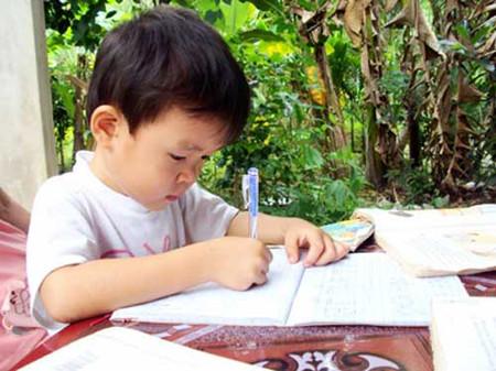 Tập viết trước khi vào lớp 1 có thể là điều không nên?