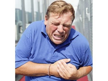 Thiếu máu não thoảng qua là những dấu hiệu báo trước đặc biệt quan trọng của đột qụy