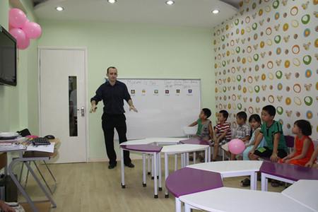 Một khóa học kỹ năng sống là chưa đủ cho sự phát triển về nhân cách của trẻ