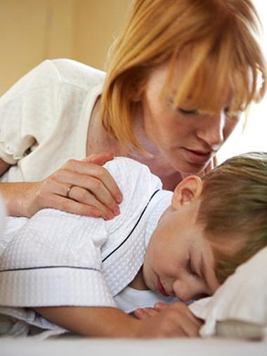 Nhiều người thực sự khó khăn với việc đánh thức trẻ dậy đúng giờ