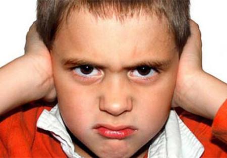 Thói quen nói tục của cha mẹ ảnh hưởng không nhỏ đến sự hình thành nhân cách con trẻ