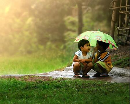 Dạy con yêu thương nhưng lòng mình đừng ích kỉ