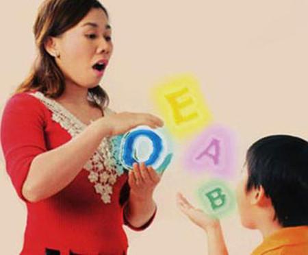 Cần phát hiện và khắc phục sớm tình trạng nói ngọng của bé