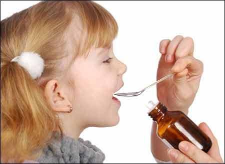 Cha mẹ cần lưu ý khi dùng thuốc chữa biếng ăn cho trẻ