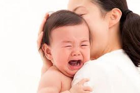 Tiếng khóc của trẻ tự kỷ có sự khác biệt so với bình thường.