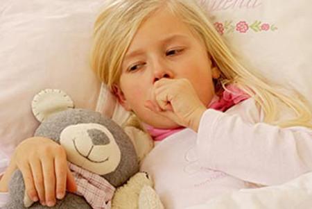 Trẻ có thể bị phát ban khi dùng kéo dài MSD.