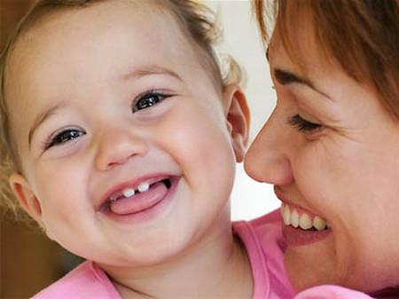 Chưa mọc hết răng cửa đã mọc răng hàm có ảnh hưởng gì không?
